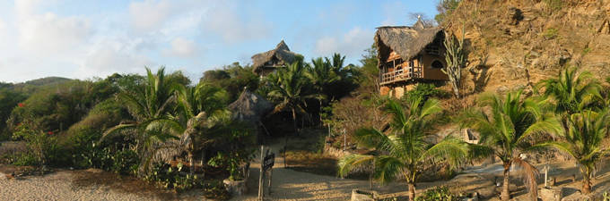 A view of the Lo Cósmico from the beach, to the right the honeymoon suite.
