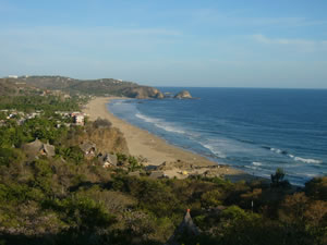 A view from the Lo Cósmico over the beach of Zipolite.